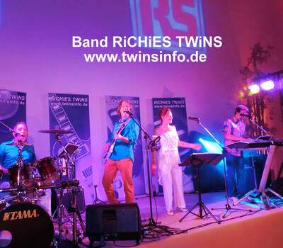 Band RiCHiES TWiNS. Variable Band-Besetzung 2-5 Musiker www.twinsinfo.de