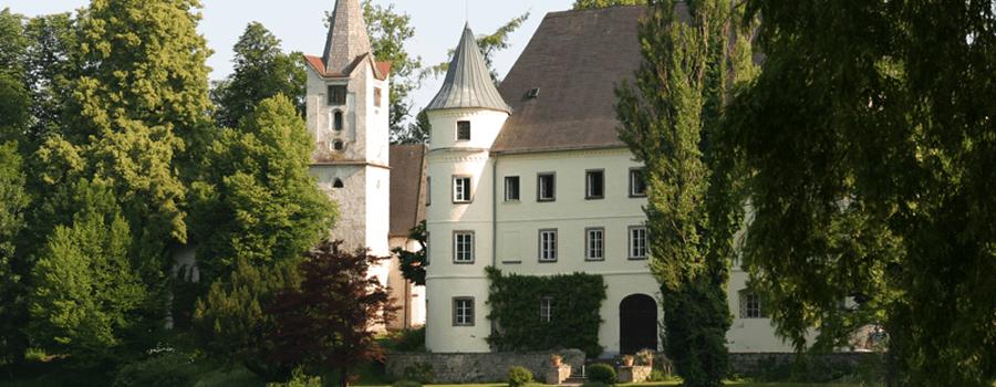 Beispiel: Außenansicht, Foto: Schloss Hagenau.