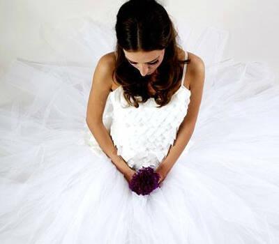 Beispiel: Kreative Entwürfe für Brautkleider, Foto: Anne Wolf.