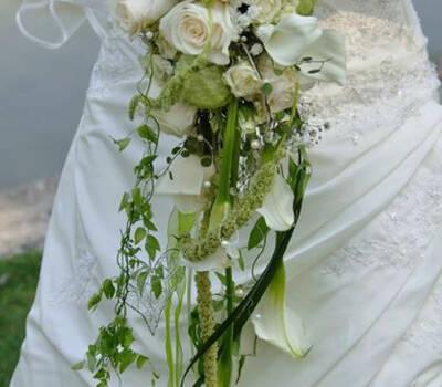 Beispiel: Brautstrauss, Foto: Blumen Christl.