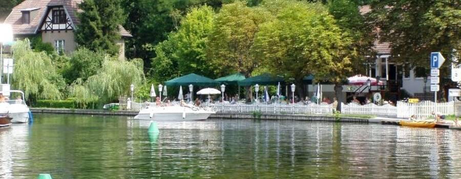 Beispiel: Blick übers Wasser, Foto: Restaurant Liebesquelle.