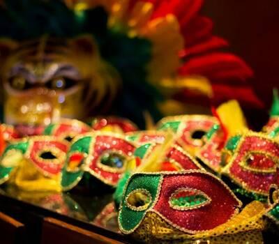 Accesorios para hora loca carnaval de Barranquilla.