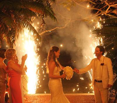 Hacemos que tu boda este llena de brillo