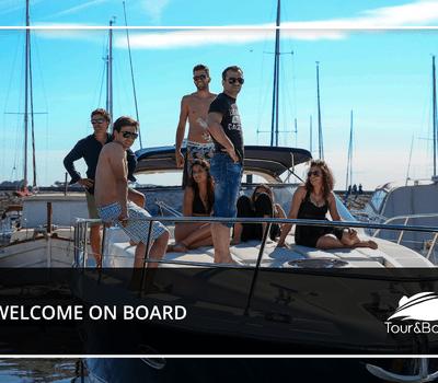 Tour & Boats