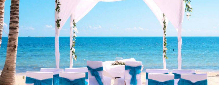 Arenika Beach Club and Lounge