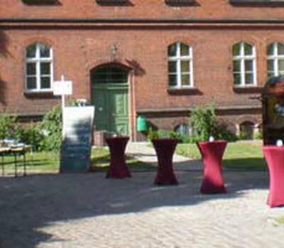 Beispiel: Außenansicht - Terasse, Foto: Alte Pumpe.