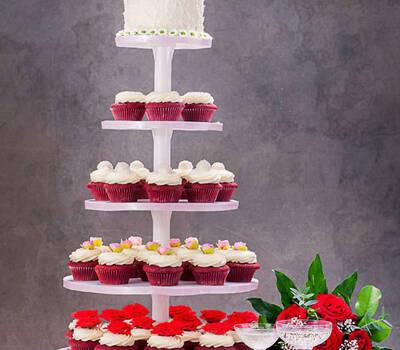 Beispiel: Cupcake-Turm zur Hochzeit, Foto: Cupcake Berlin.