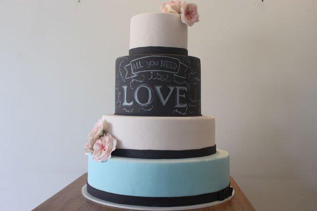 Chalkboard Cake.