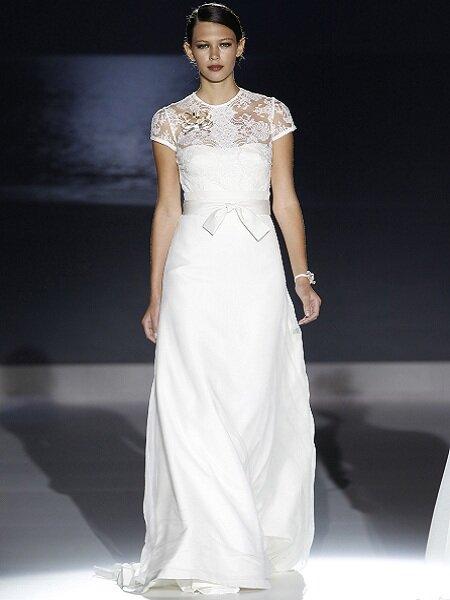Suknia ślubna z kolekcji Jesus Peiro 2013