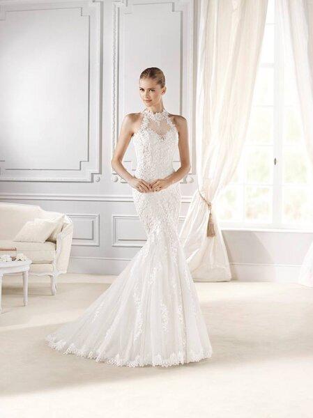 Vestidos de novia cuello cisne 2017