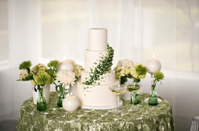 Inspirações em esmeralda para o seu casamento. Foto: Kristen Weaver Photography