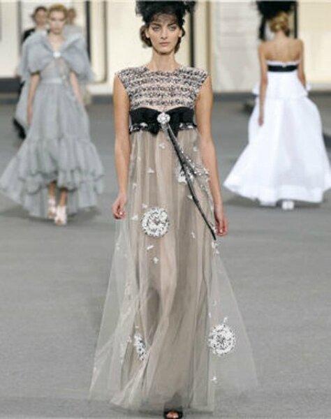Elegante Abendmode von Chanel