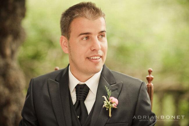 Costume de marié sombre - Adrián Bonet