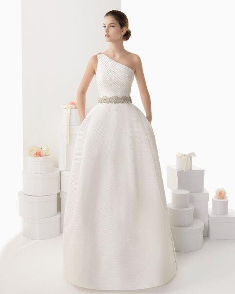 Suknia ślubna 2014 z kolekcji Rosy Clary