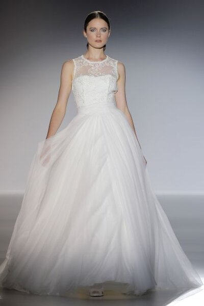 Suknia ślubna z kolekcji Franc Sarabia 2014