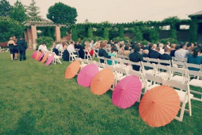 Sombrinhas na decoração do casamento