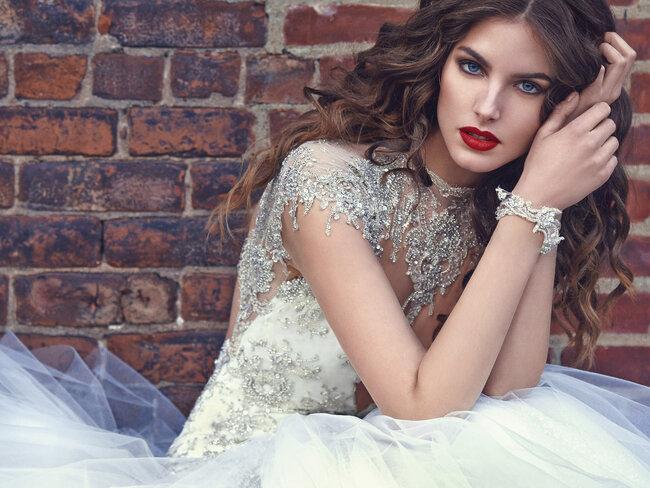Felicity, Galia Lahav.
