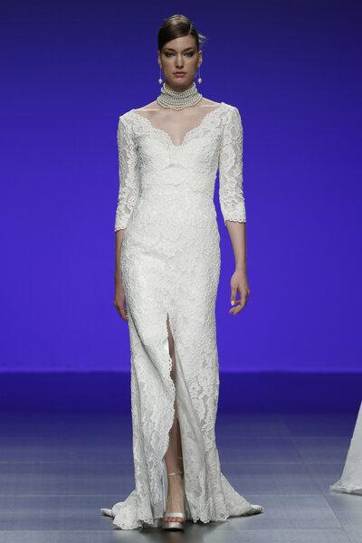 Brautkleider mit langen Ärmeln 2016: Cymbeline.