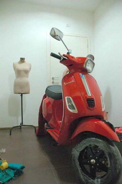 Uma produção Vespa para a Vogue Fashion's Night Out Milano 2012. Fotos: Vespa