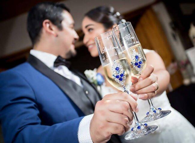 Copas decoradas para recién casados