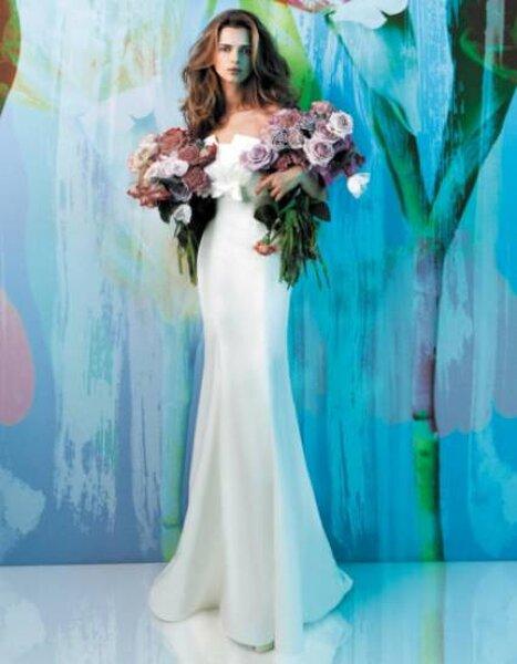 Vestido de noiva tomara que caia, da coleção Fiorinda, de Carlos Pignatelli. Foto: www.carlopignatelli.com/it