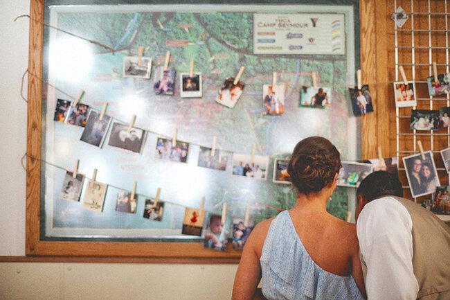 Decoración de boda con fotografías - Foto: One Love Photo