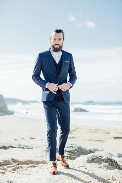 costumes de mari s 2017 des looks superbes pour un mari l gant et sexy le jour j. Black Bedroom Furniture Sets. Home Design Ideas