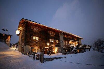 Die besten Hotels für alpine Hochzeiten in der Schweiz: Luxusambiente, exquisite Küche und Entspannung pur!