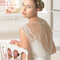Pięknie zdobione plecy w sukni ślubnej, Foto: Rosa Clará 2015
