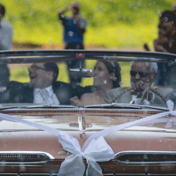 Real Wedding: Danielle und Joel und Ihre Hochzeit inmitten der Natur mit ganz besonderen Besuchern