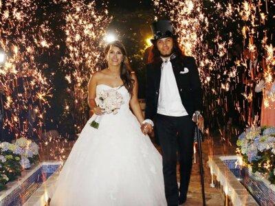 Aleja y Walter: ¡La boda vintage de una princesa y un rockero!