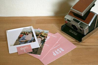 DIY: Invitaciones de boda que imitan fotos polaroid
