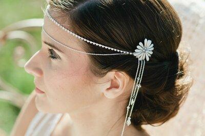 Penteados e acessórios com flores para um casamento bucólico