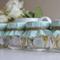 Vasitos con menta decorados como regalos originales de boda para tus invitados
