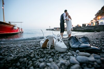 Reportage-style or Posed Wedding Photographs? Discover the Pros and Cons According to Experts!