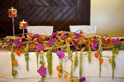 Intensywne kolory w dekoracjach ślubnych i weselnych