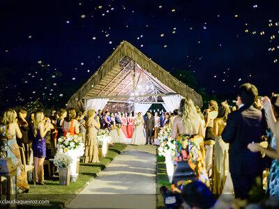 Gabi e Kayo: casamento com decoração rústica-chic no Meio do Mato