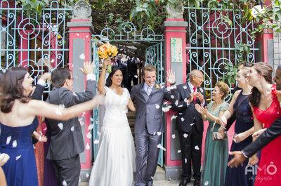 Luciana & Leonardo: mini wedding vintage LINDO no Espaço Quintal de São Paulo