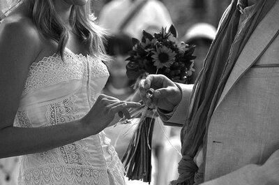 La foto de la semana: el anillo de bodas y el momento justo