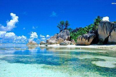 As 20 praias mais bonitas do mundo para sua lua de mel: 2 estão no Brasil!