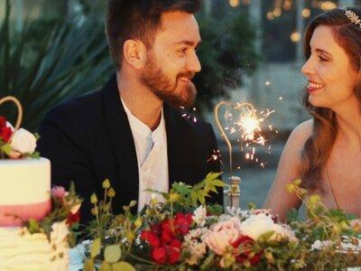 Wer schneidet die Hochzeitstorte an? Tipps vom Hochzeitsplaner