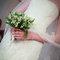Bukiet ślubny z konwalii. Źródło: Oscar de la Renta 2014