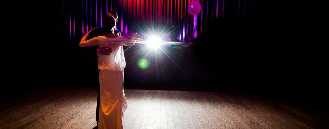 Wie bereitet man einen einzigartigen Hochzeitstanz vor?