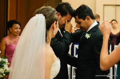 Flores na lapela: um toque especial no fato do noivo