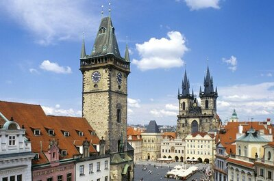 Fall in Love with a Honeymoon in Prague