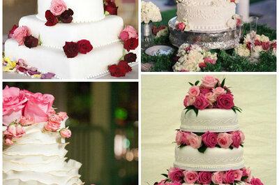 Słodko i naturalnie, czyli torty weselne zdobione żywymi kwiatami