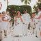 Trajes para noivos em tons claros. Foto: Pedro Bellido