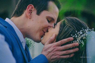Casamento na praia de Jennifer & André: emoção ao pôr do sol em Maresias!