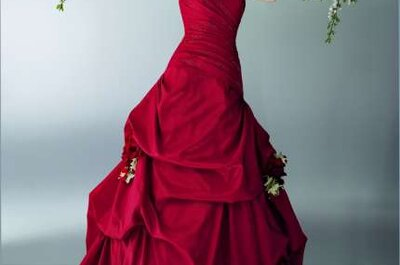 Abiti da sposa rossi per il 2015: quale migliore idea sotto Natale?