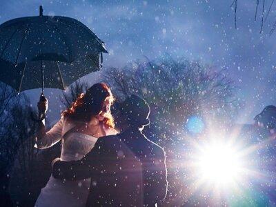 6 Wege, wir Ihre Hochzeit auch einen plötzlichen Regentag übersteht und unvergesslich wird!
